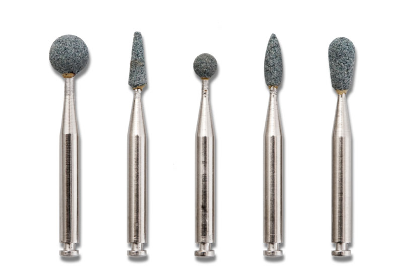 ARE YOU POLISHING COMPOSITE RESTORATIONS CORRECTLY?